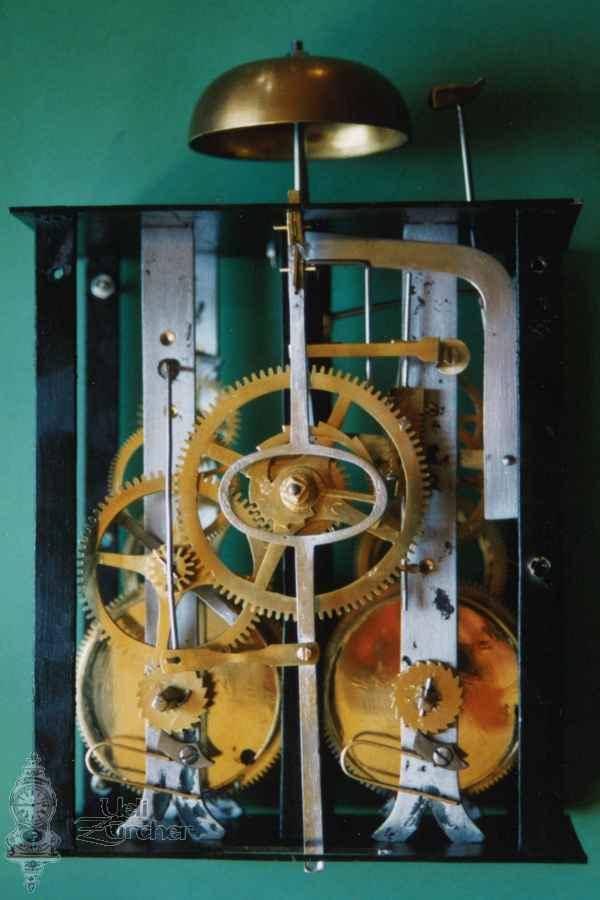 Uhrwerk einer Wanduhr - Fotoaufnahme 14.08.2008